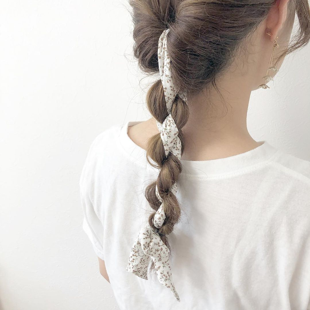 japanese hairstyles - braid with scarf