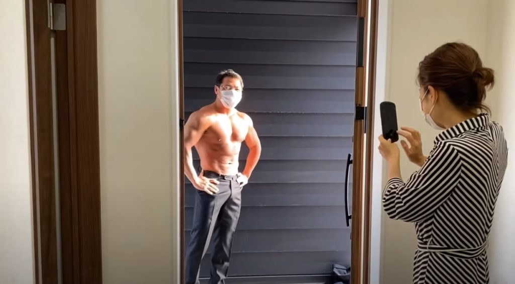 Free shirtless muscular men photos- delivery macho doorstep delivery