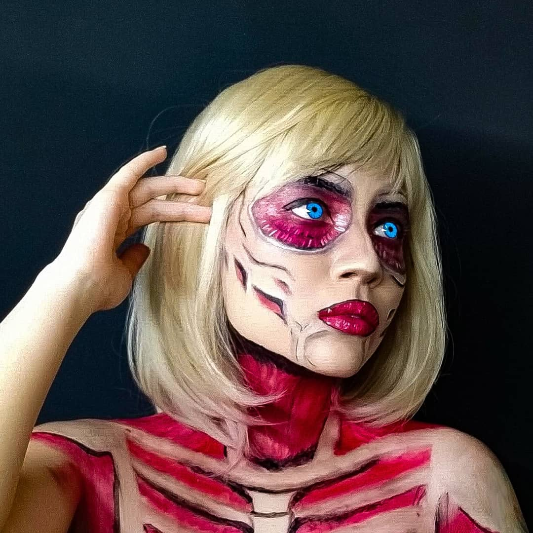 anime halloween costume - female titan