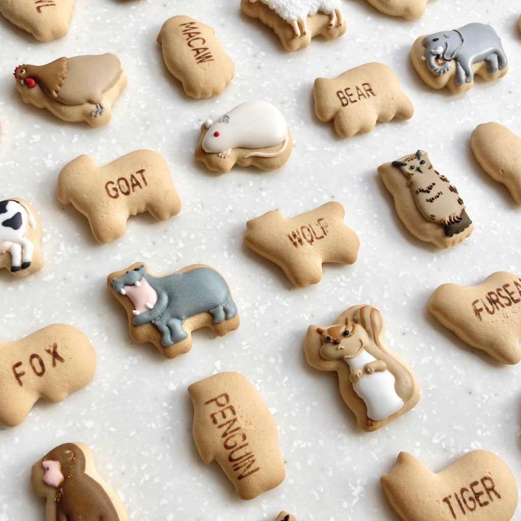 Ginbis Dream Animal biscuits - plain and decorated animal biscuits