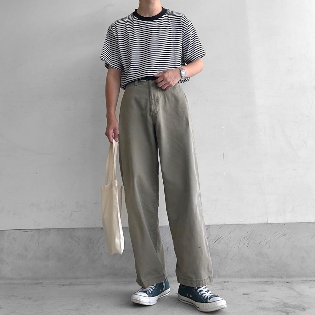 Japanese clothing - high-waisted pants