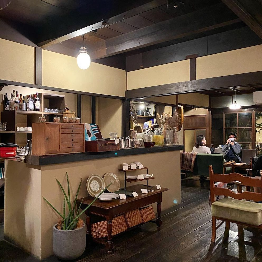 japan cafes heritage buildings - cafe marble bukkoji interior