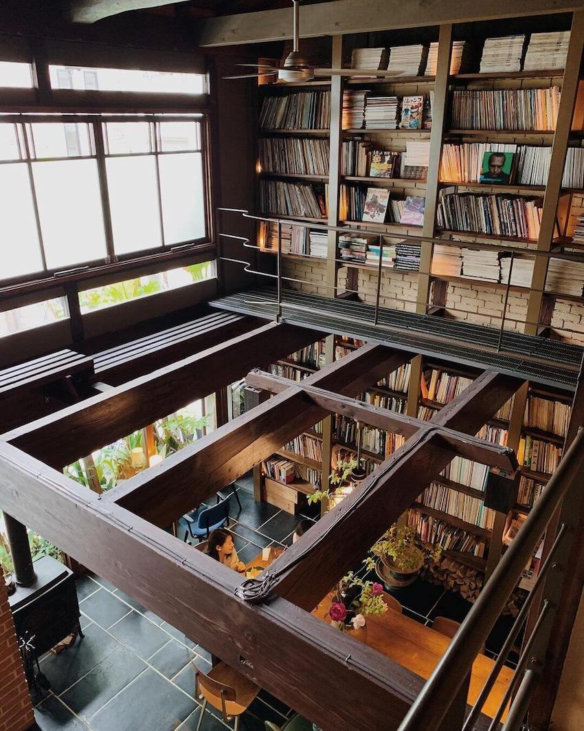 japan cafes heritage buildings - cafe bibliotic hello second floor