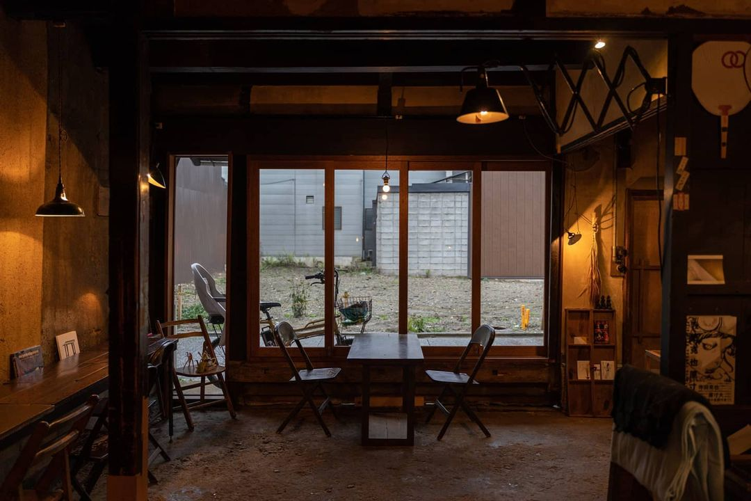 japan cafes heritage buildings - hygge interior