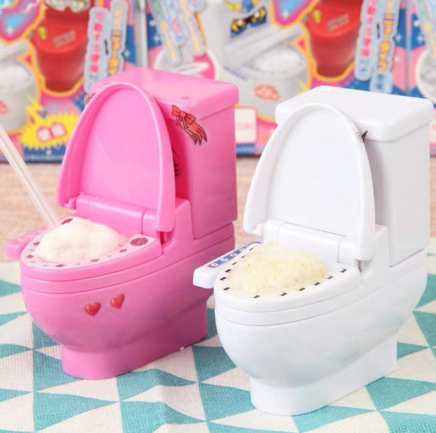 Weird Japanese candy - toilet bowl candy