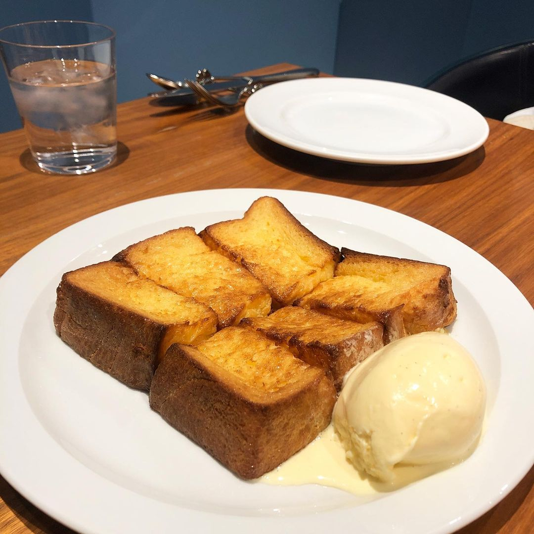 bakeries in tokyo - centre the bakery french toast