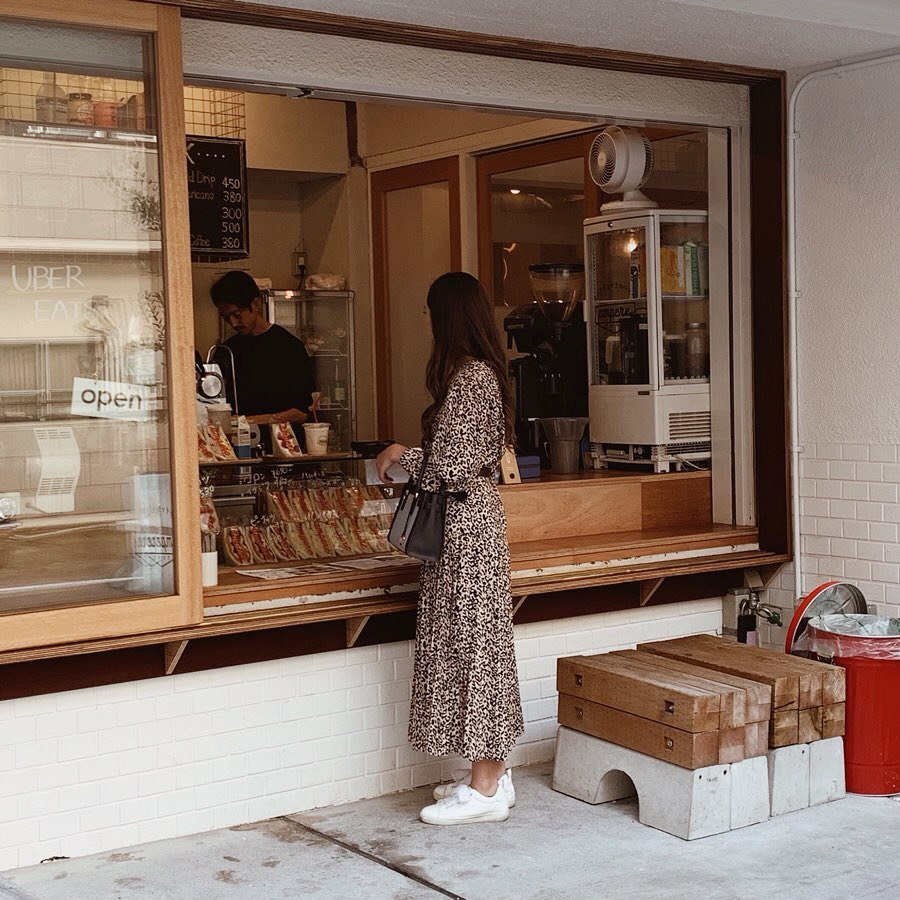 bakeries in tokyo - ampere counter