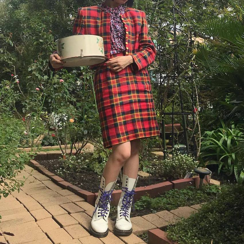 japanese street fashion - red checkered