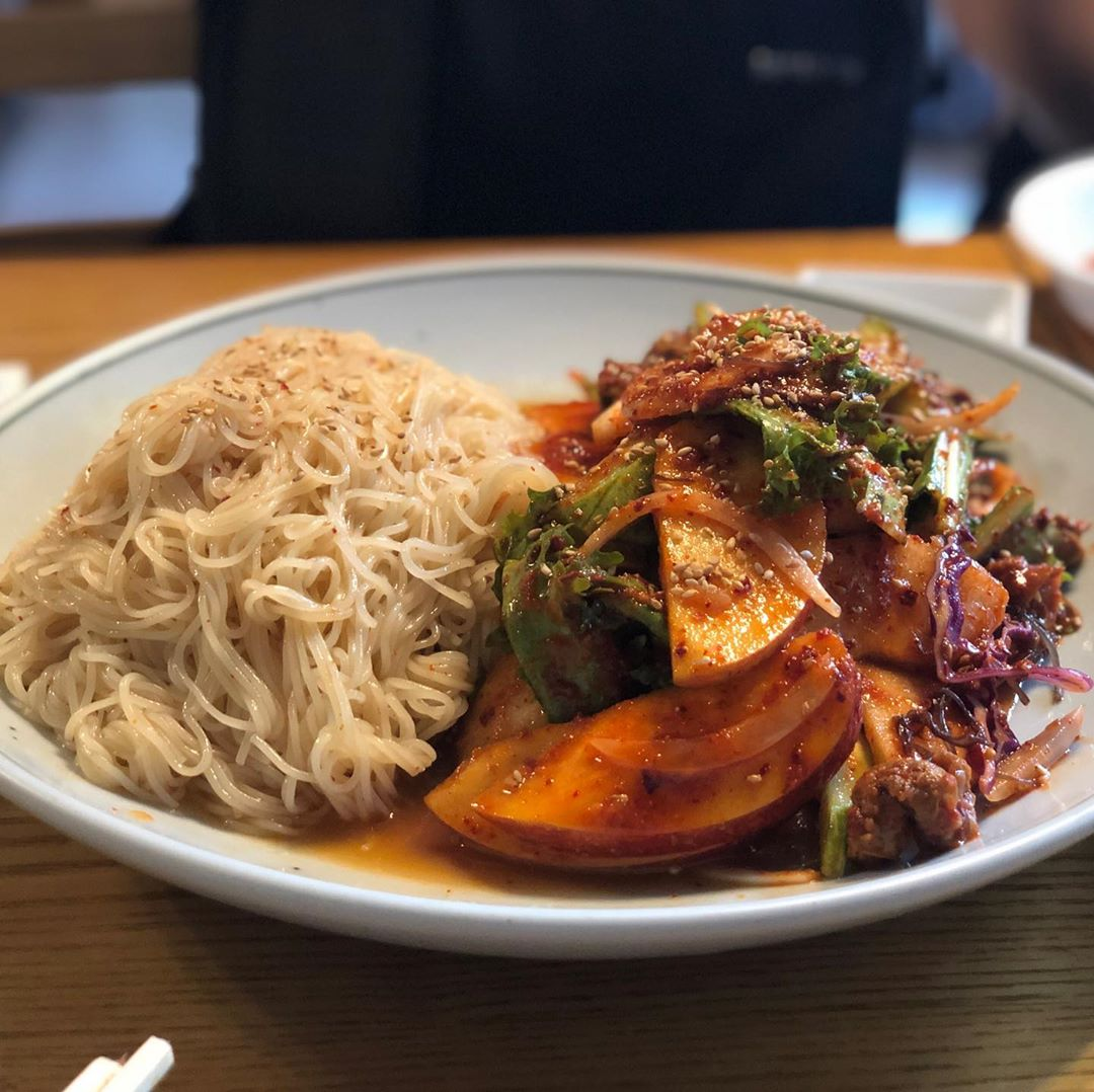 spicy whelk cold noodles