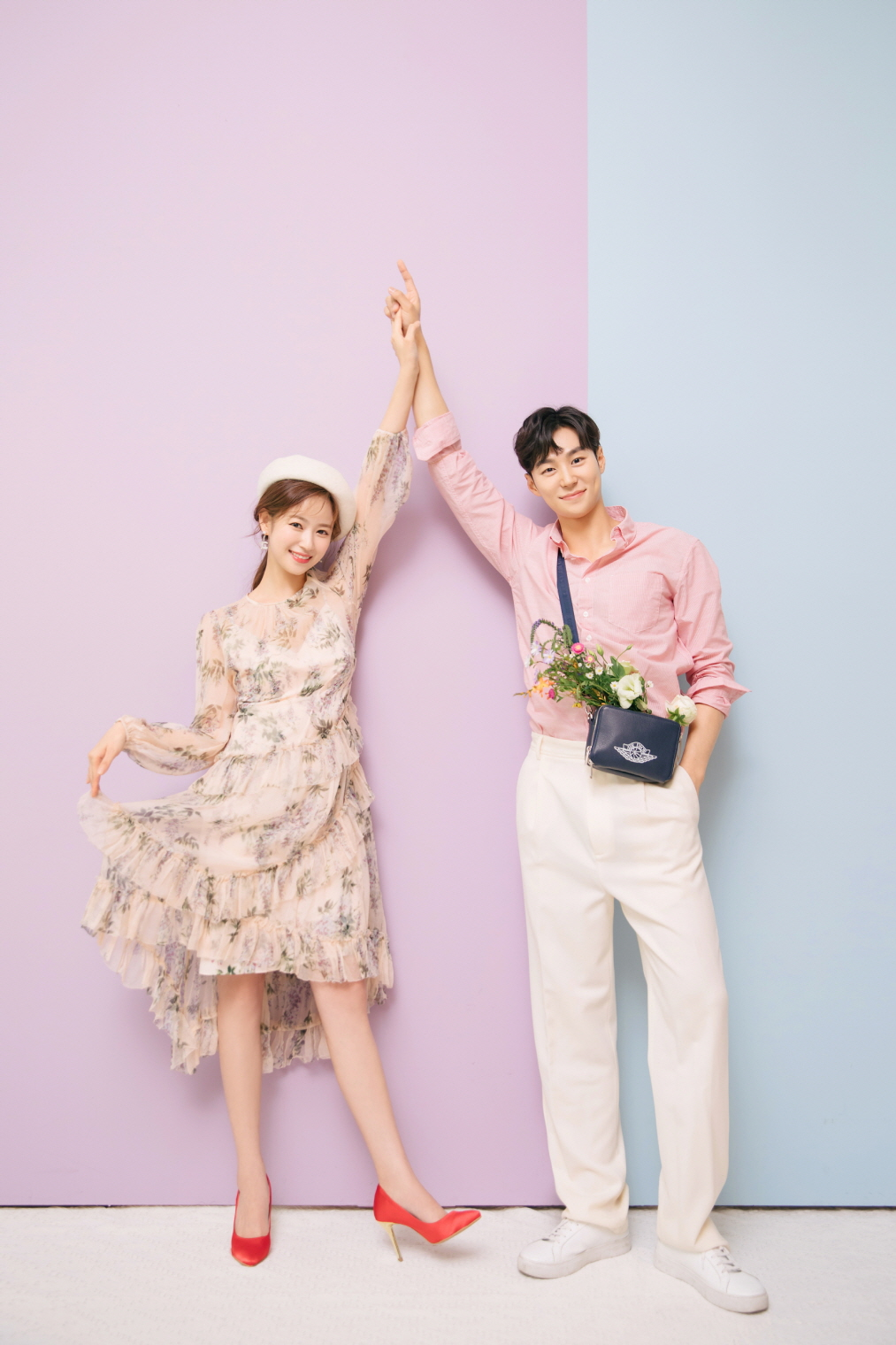 korean wedding photoshoot pink and blue background shot
