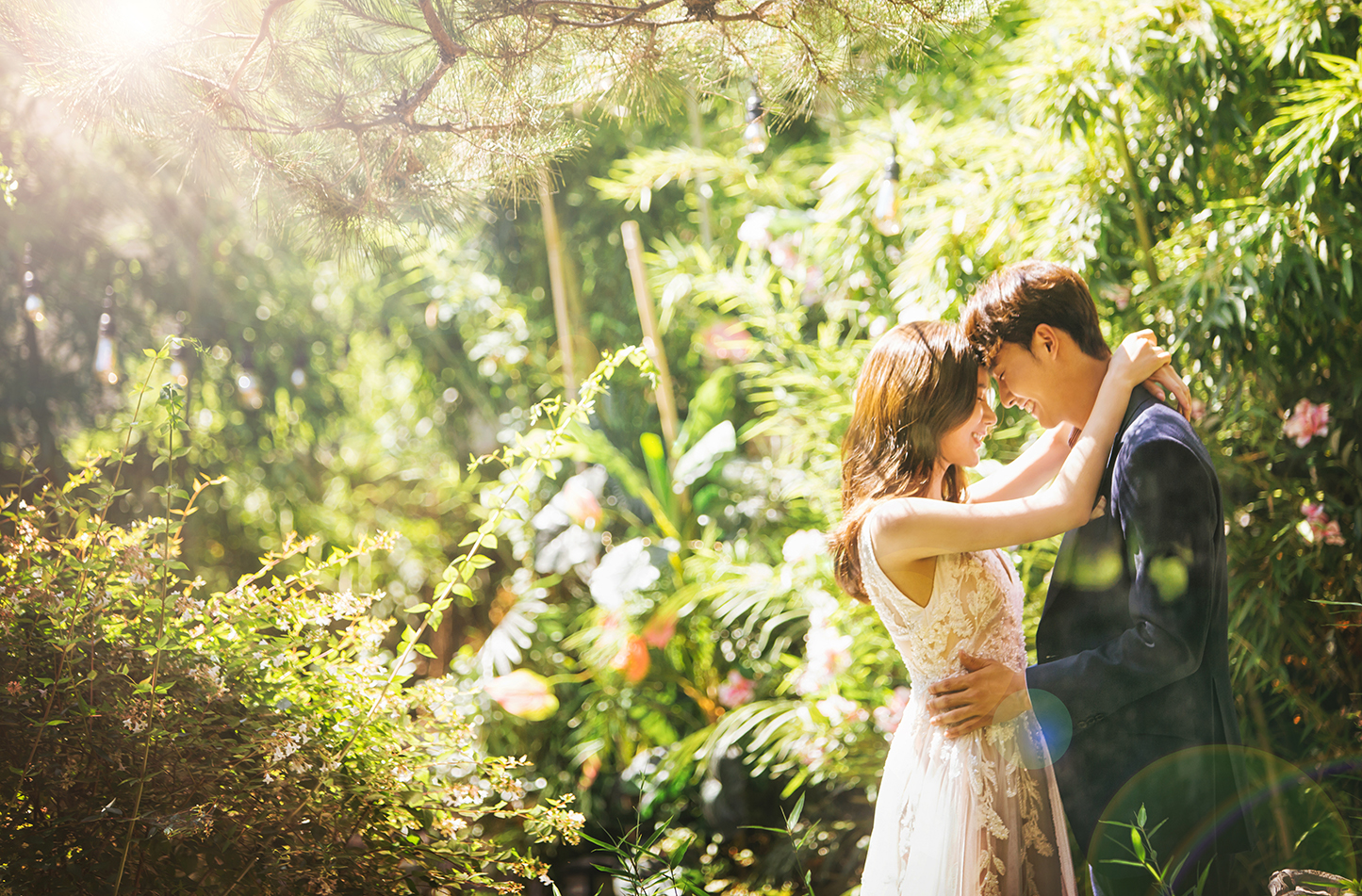korean wedding photoshoot couple in a garden