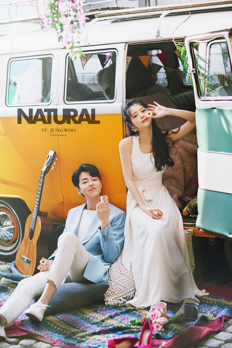 korean wedding photoshoot couplecaravan shoot