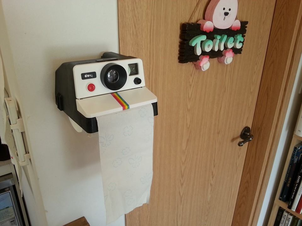 dreamy camera cafe - toilet paper holder