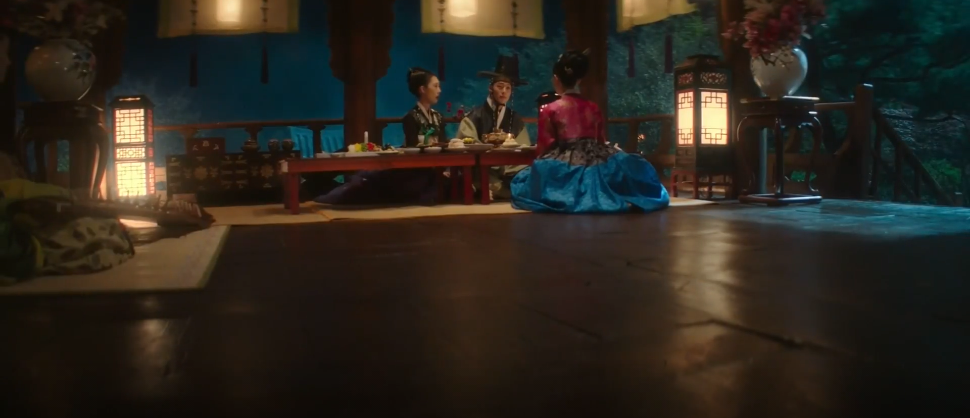 my roommate is a gumiho review - woo-yeo with gisaengs