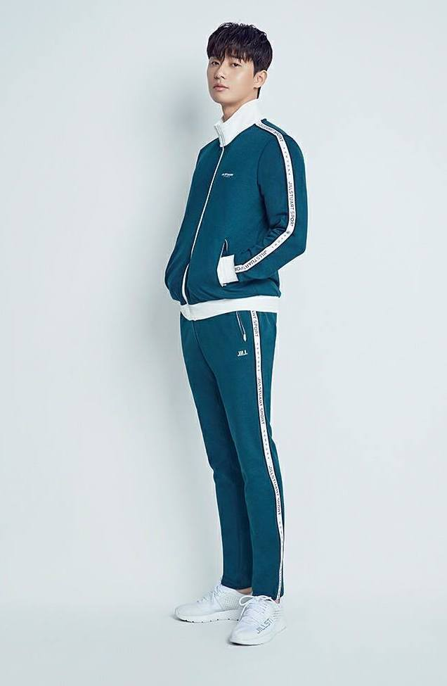 Squid Game Facts - park seo-joon in korean gym outfit
