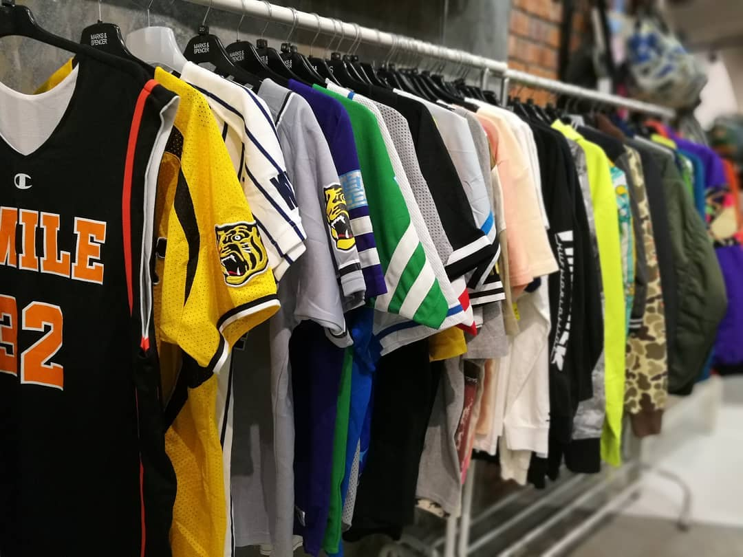 sports jerseys from modo