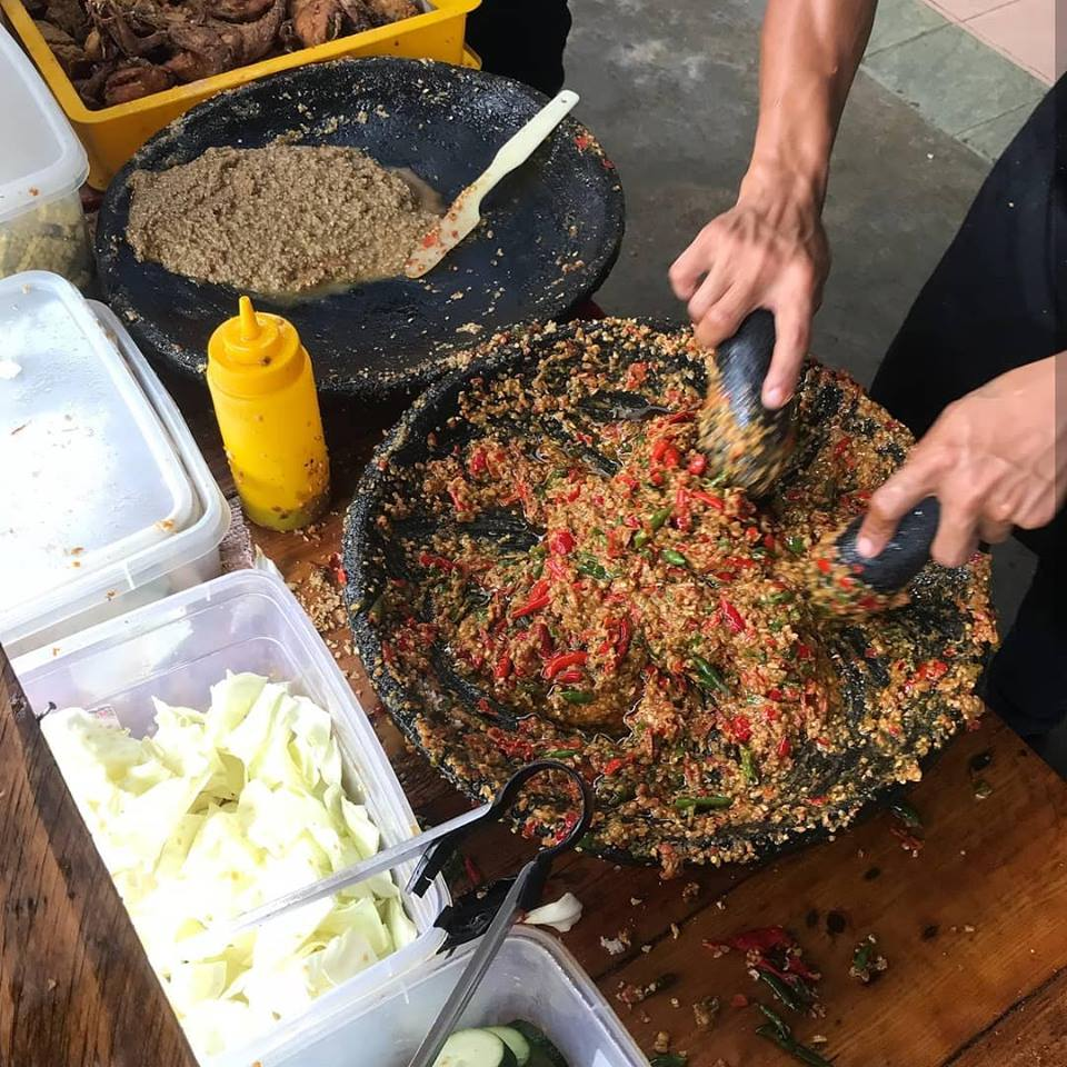 pounding the sambal