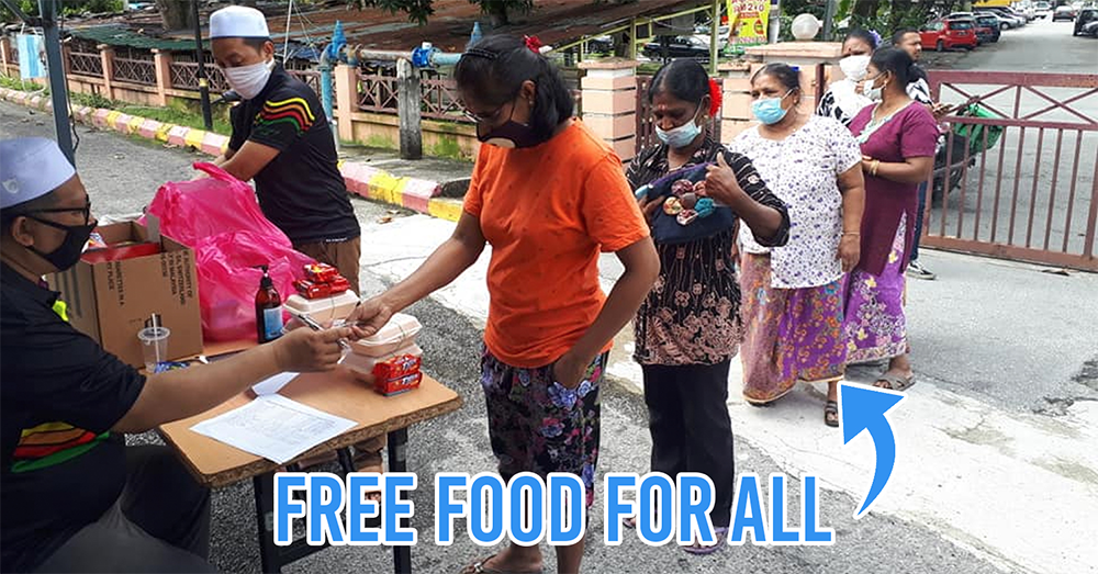 Mosque in PJ gives out free food for all in M'sia