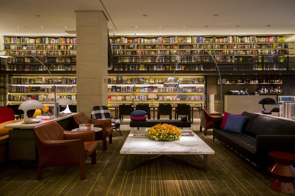 Reading lounges in Eslite Bookstore