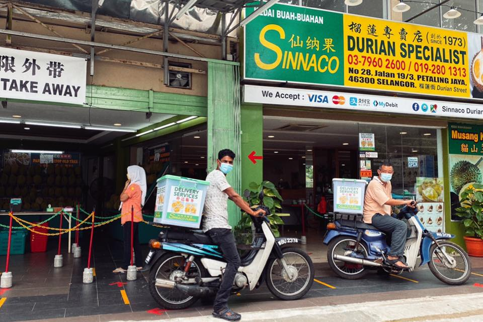 Sinnaco Durian Specialist riders