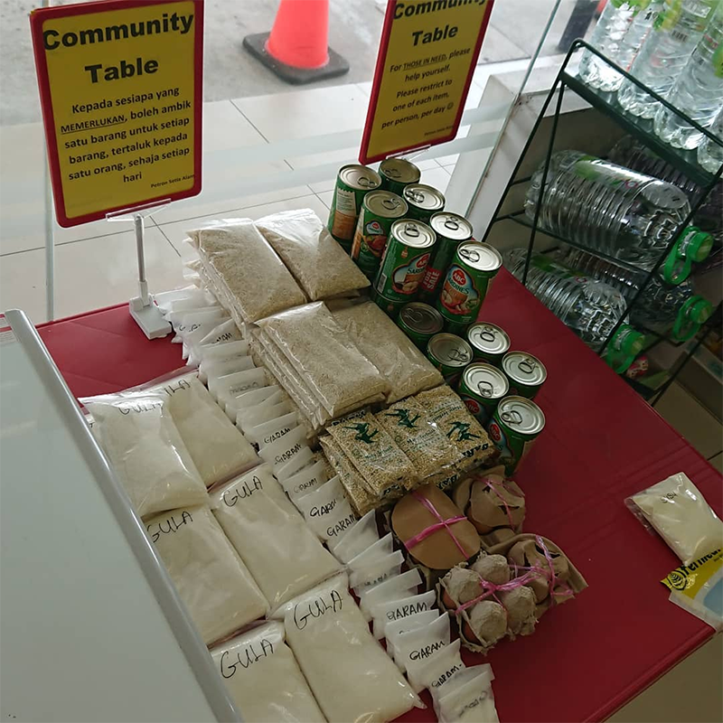 Free food for community during MCO
