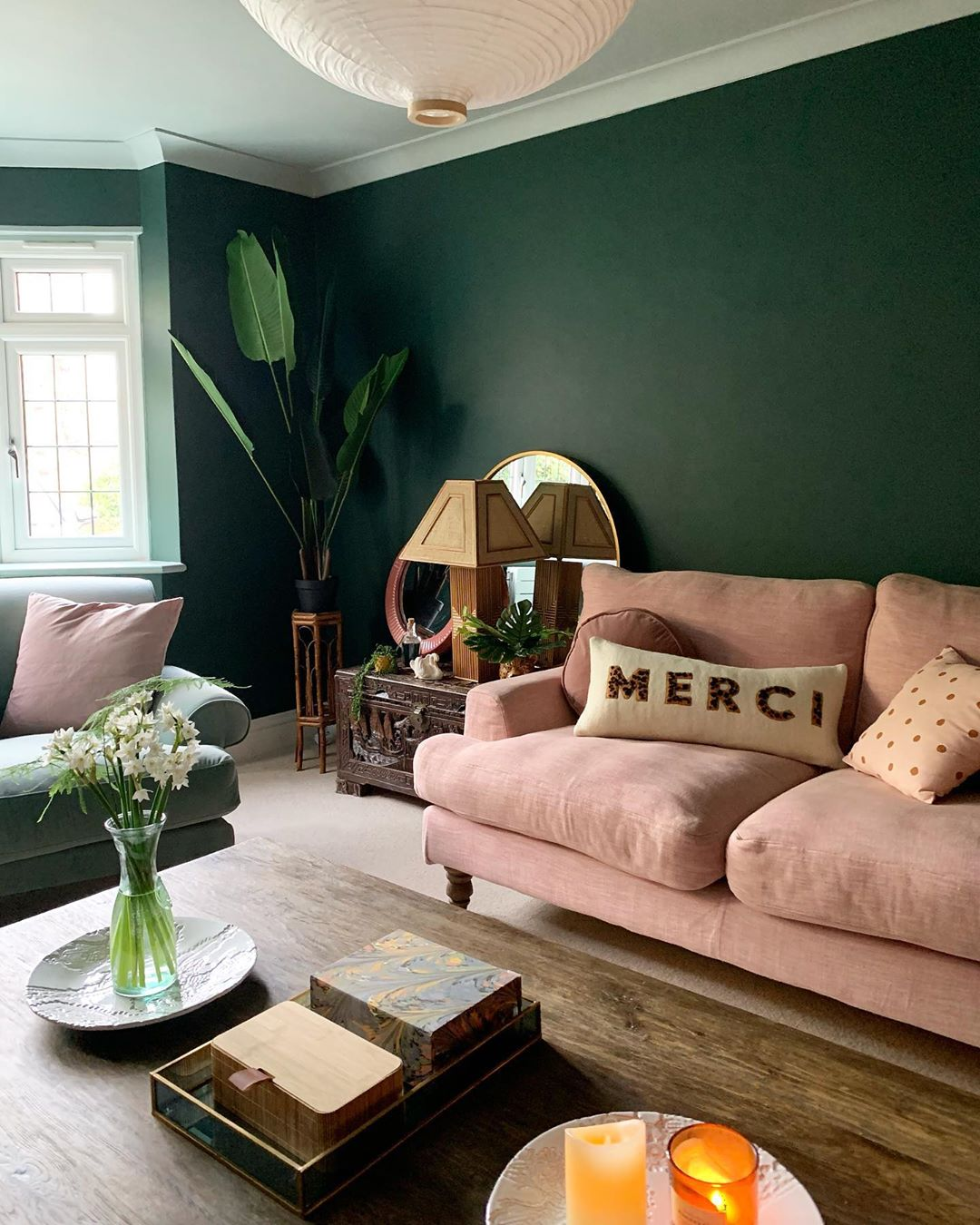 interior design tips - complementary colours in room