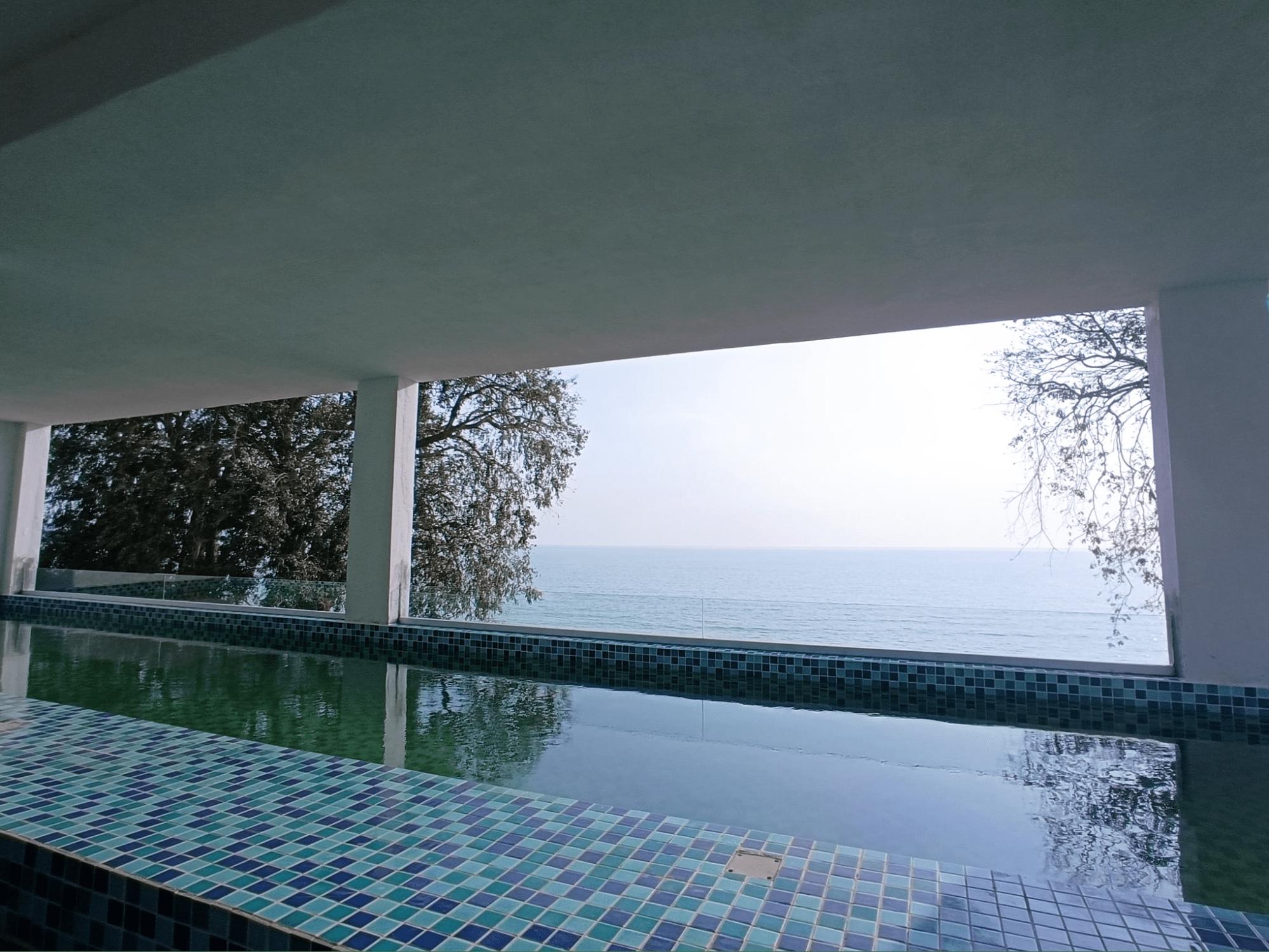 Pacific Regency Beach Resort In Port Dickson - private pool