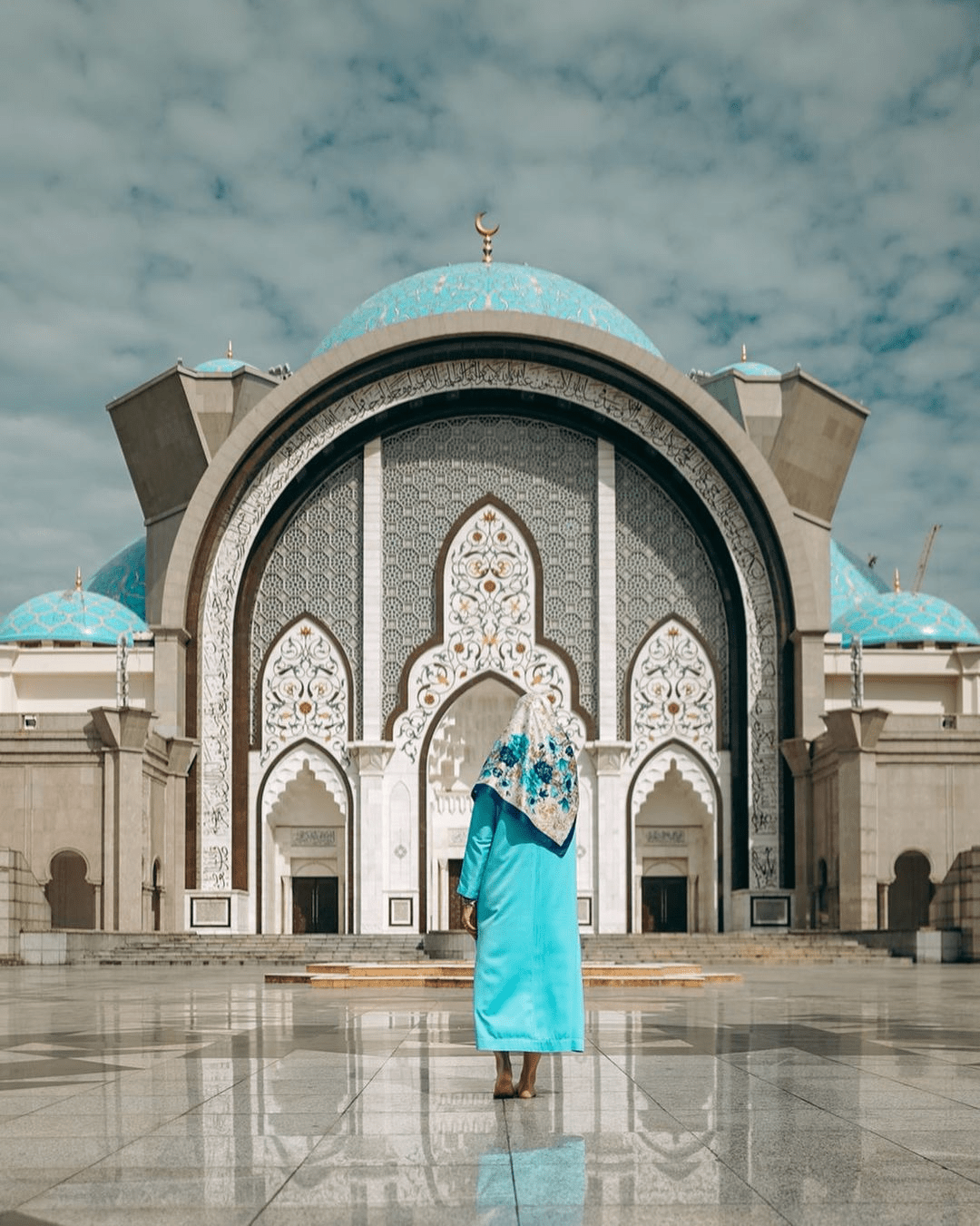 Unique mosques in Malaysia - Federal Territory Mosque