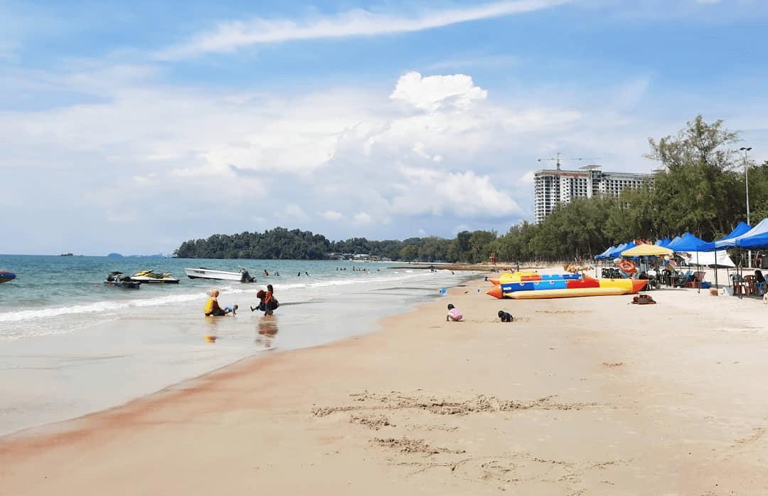 Pacific Regency Beach Resort In Port Dickson - beach