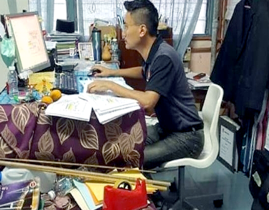 Man takes SPM Chinese paper after 21 years - cramming