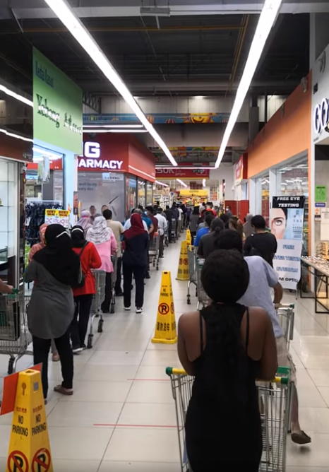Malls, supermarkets and more closed for 3 days - crowds