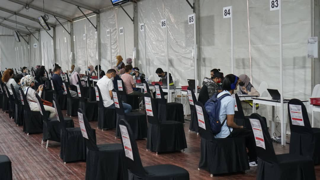 Phase 3 of vaccinations to begin in Klang Valley - Bukit Jalil Stadium