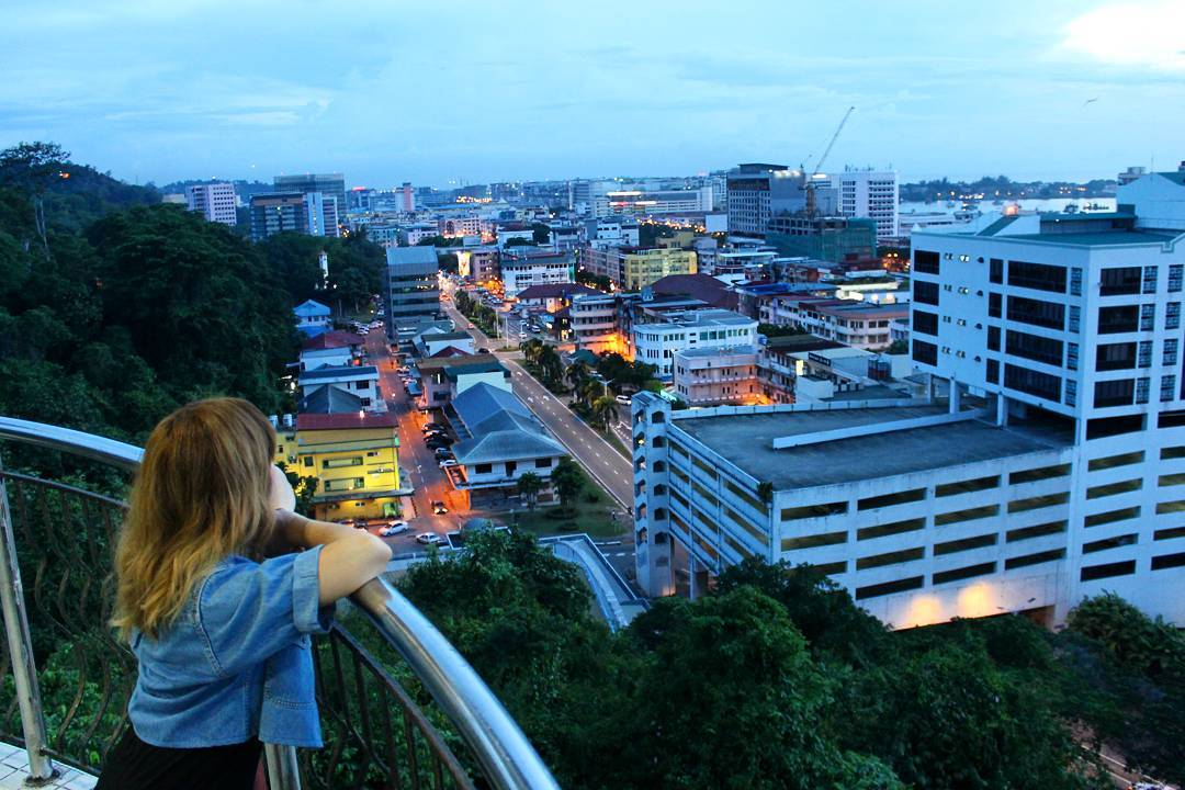 Backpacking in Sabah - observatory tower