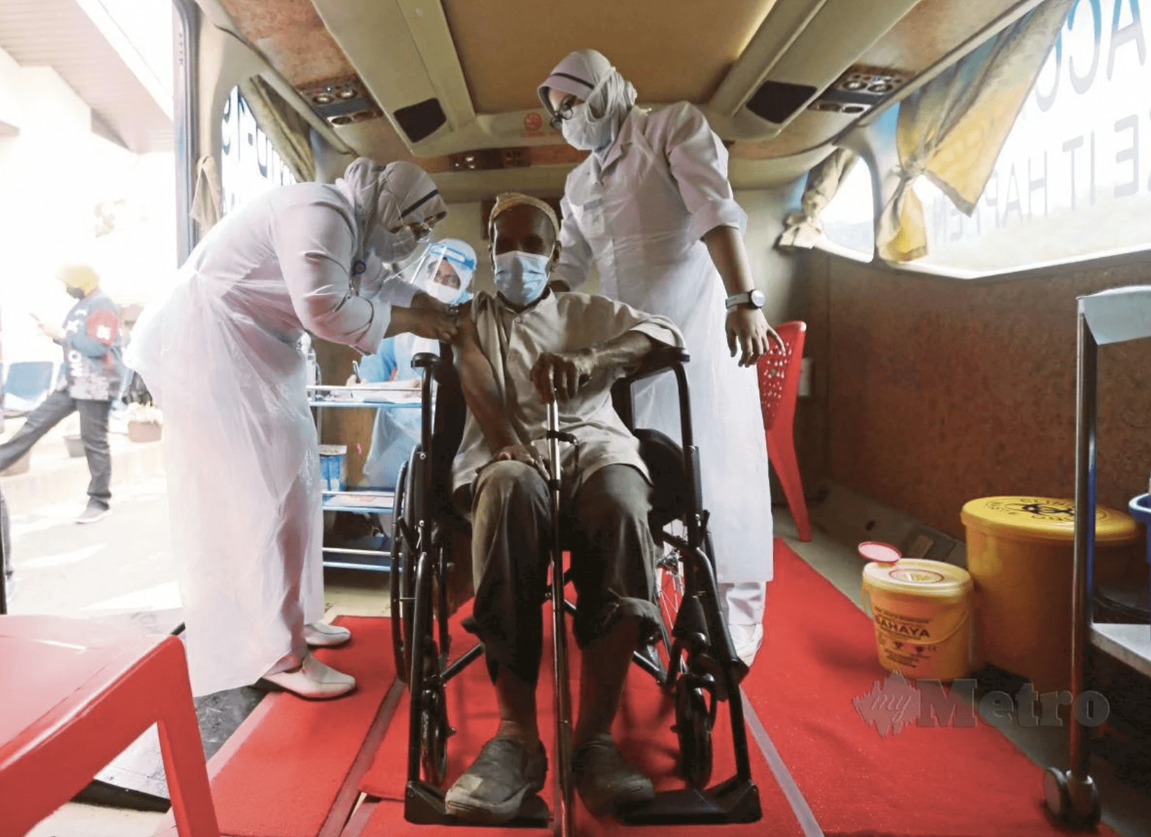 Man clarifies viral story about walking 35km - vaccination