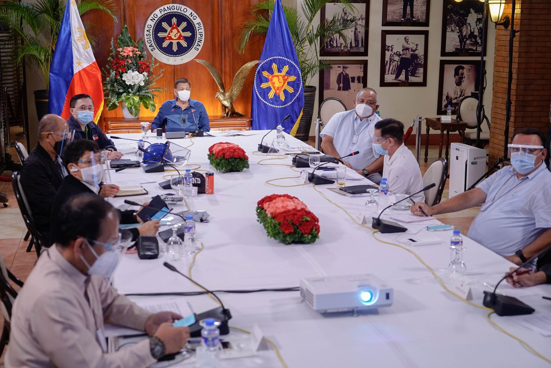 MECQ returns Metro Manila - Duterte on a meeting with IATF August 2