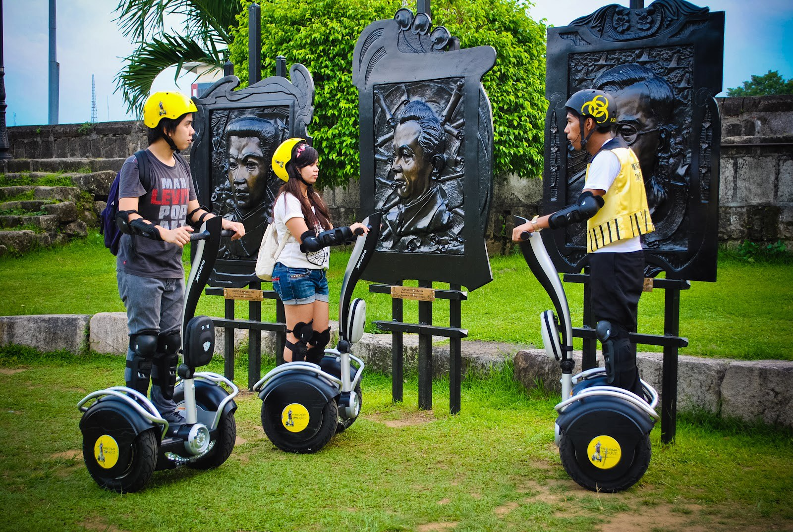 Intramuros things to do - White Knights Electric Chariots