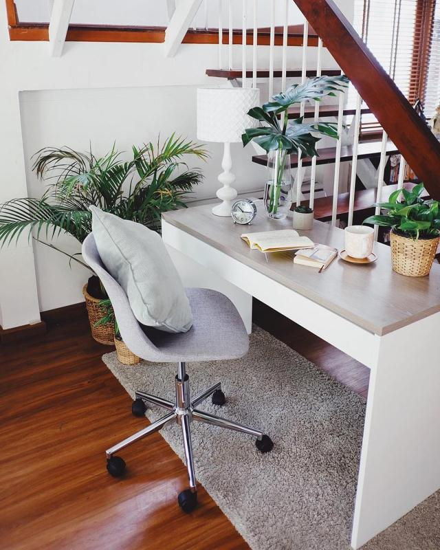 Office chairs - Furniture Source's Andrey Swivel Chair