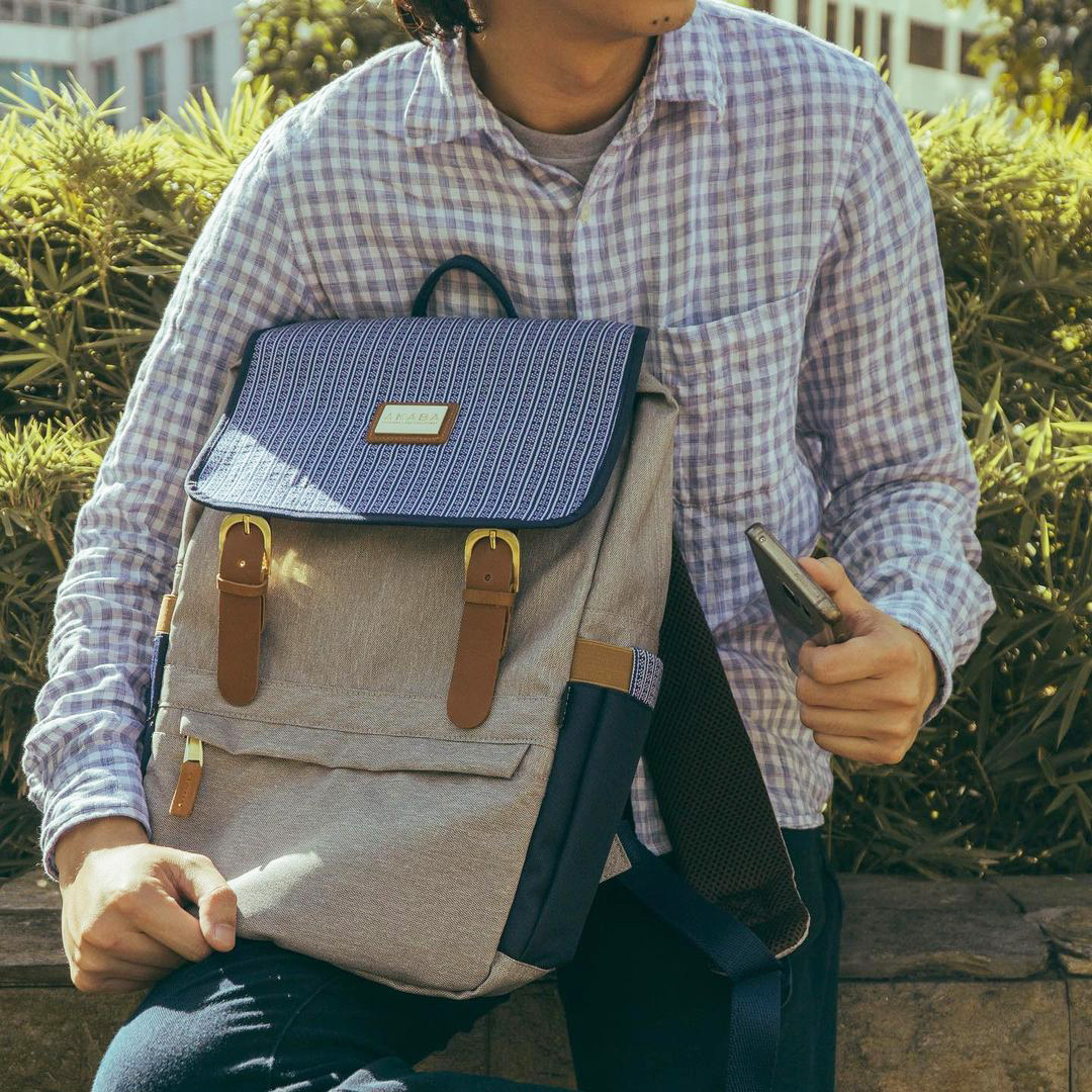 Valentines day gift ideas - AKABA Alumno Dos Backpack