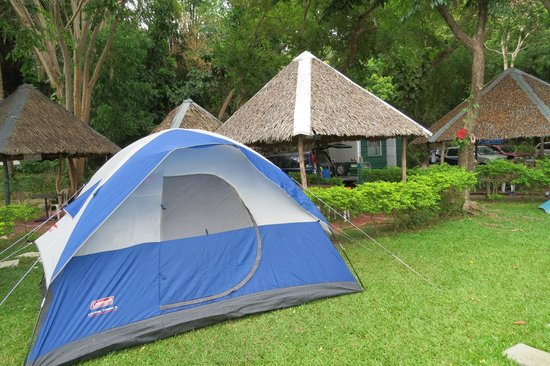 Camping sites - Taal Lake Yacht Club