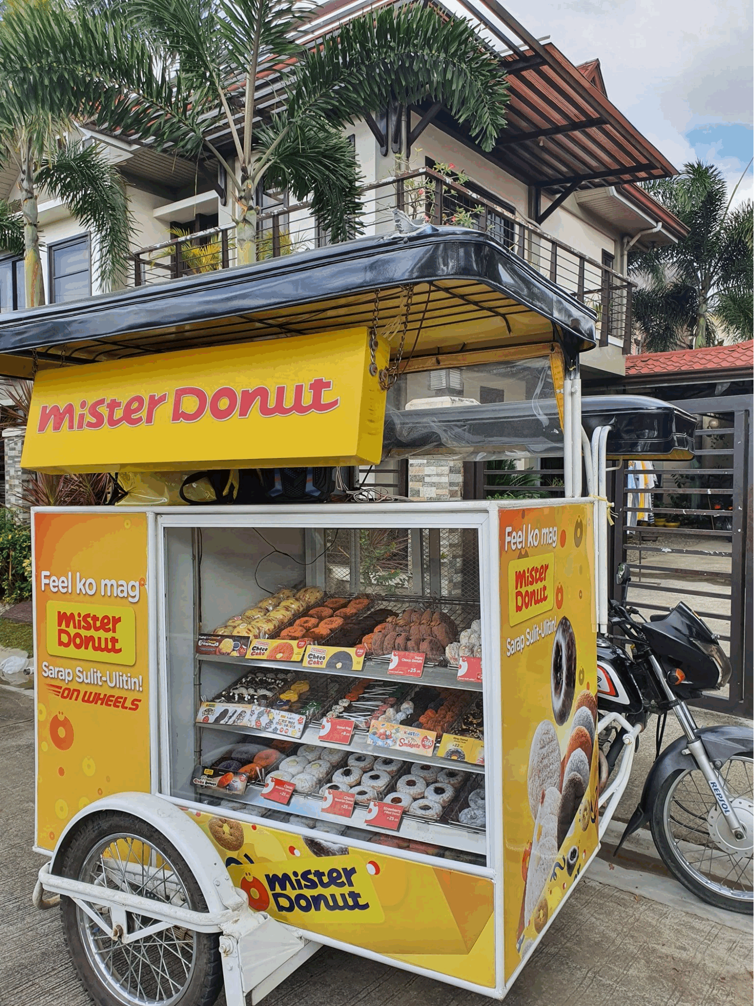 Mister Donut on Wheels - Tricycle