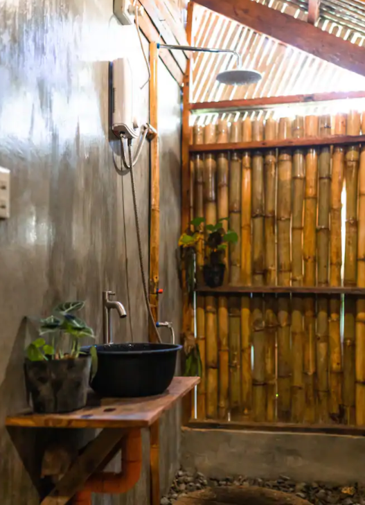 Siargao Airbnbs - Ryan's Jungle Room and Private Bath