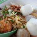 http://ieatandeat.com/135-fish-ball-noodle/