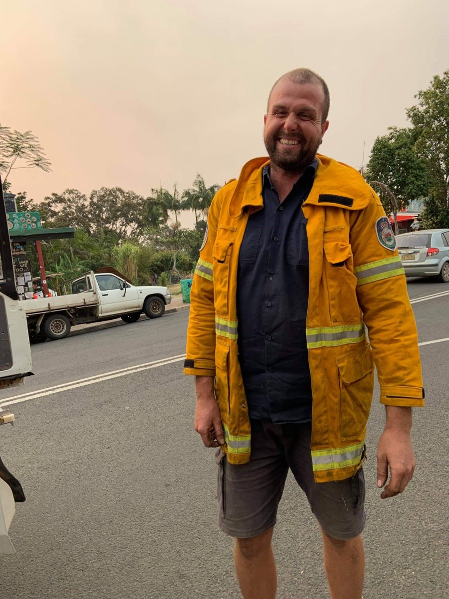 Thai Volunteers Cook Meals For Firefighters During Australian Bushfires, Felt It Was Their Duty To Help
