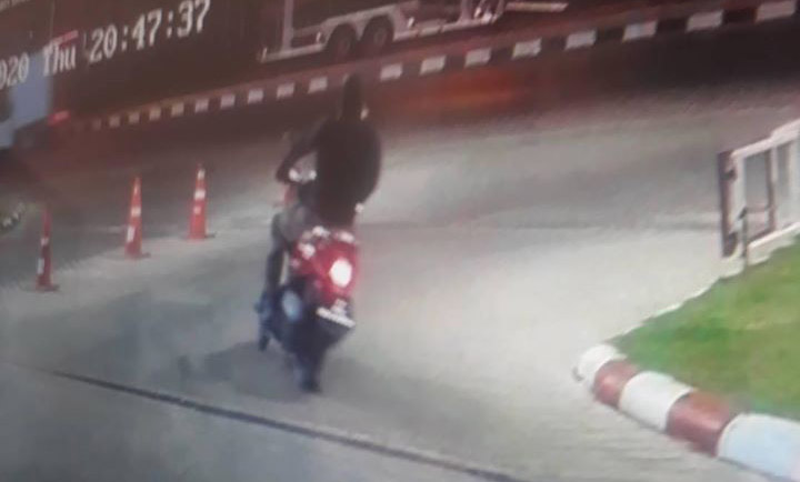 Thai Locals Mourn 3 Victims From Shocking Mass-Shooting At Lopburi Shopping Mall