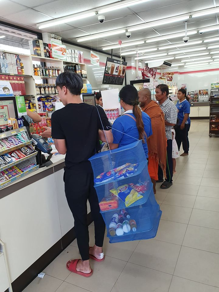 Thais bring funny bags to shop