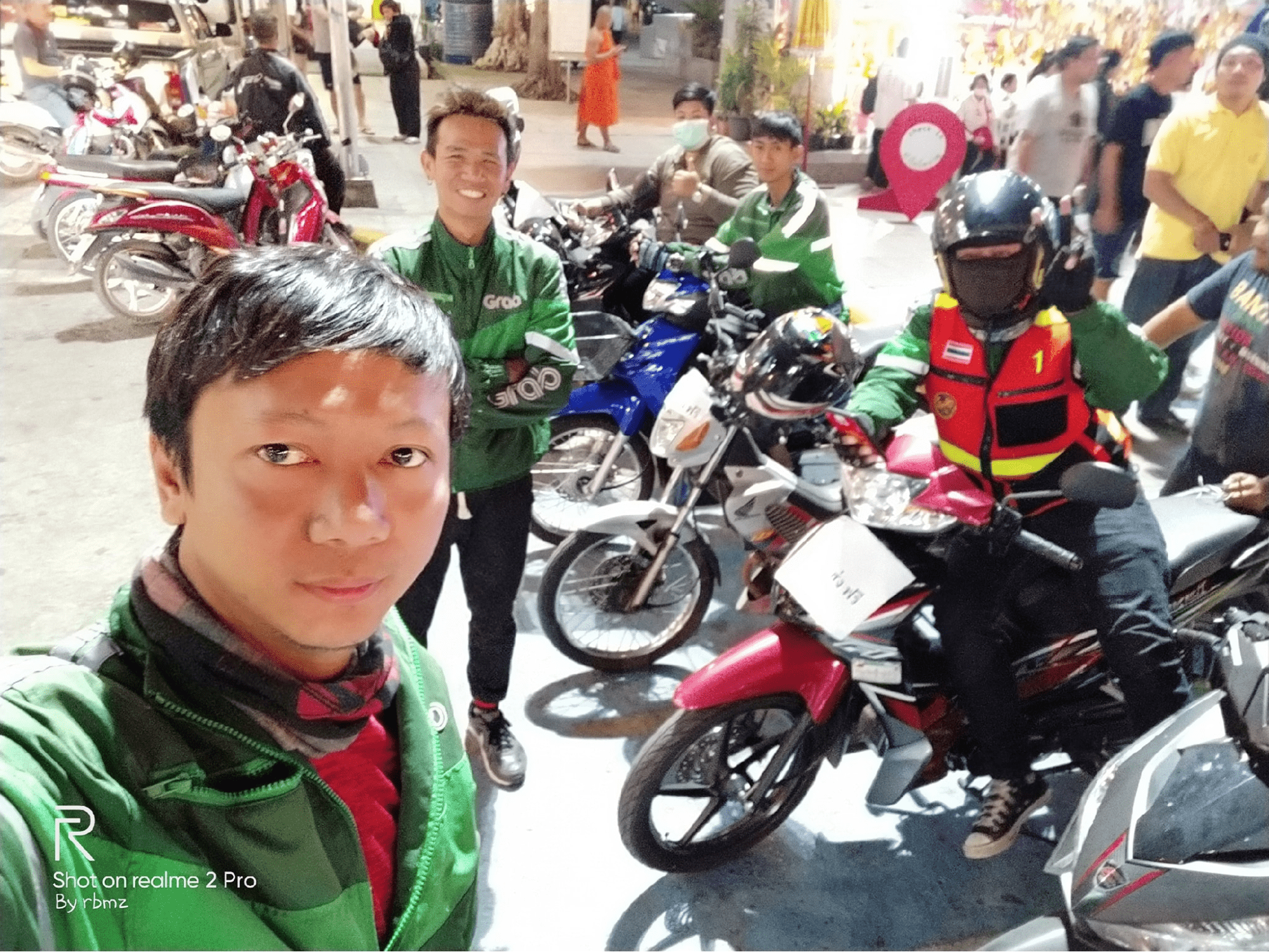GrabBike Team In Korat Helped Send Victims From Terminal 21 Shooting Back Home For Free