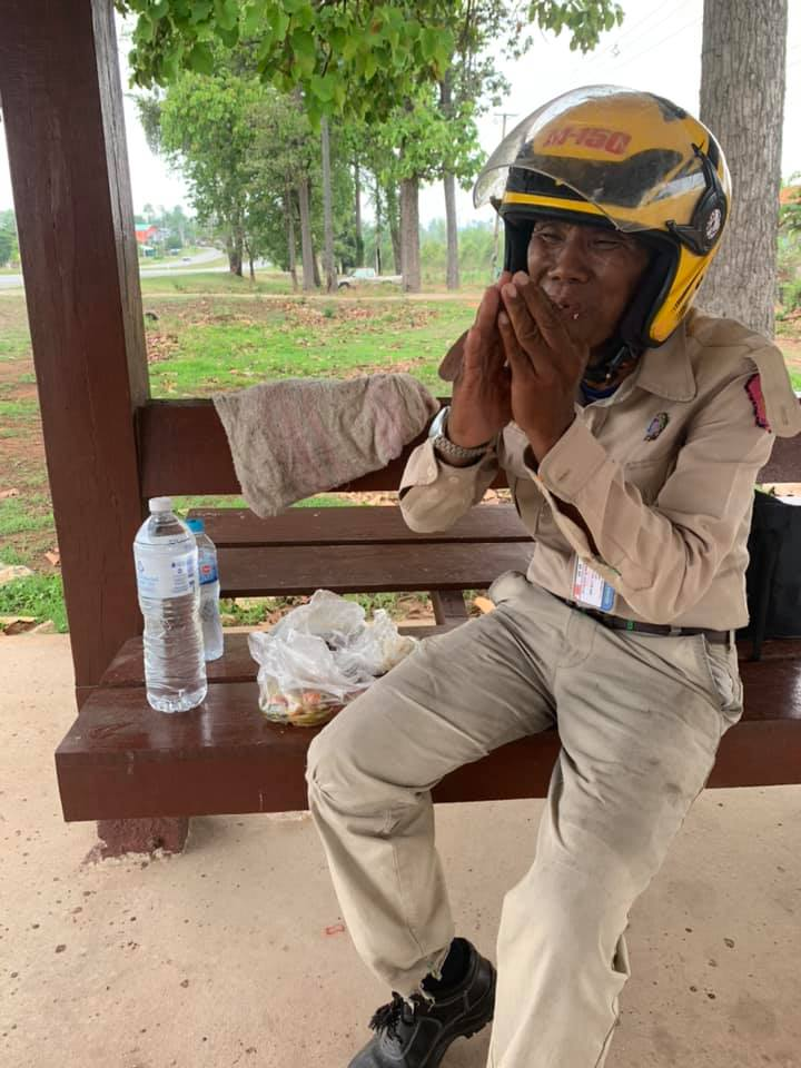 Grandpa Bikes Across Thailand after losing job during COVID-19