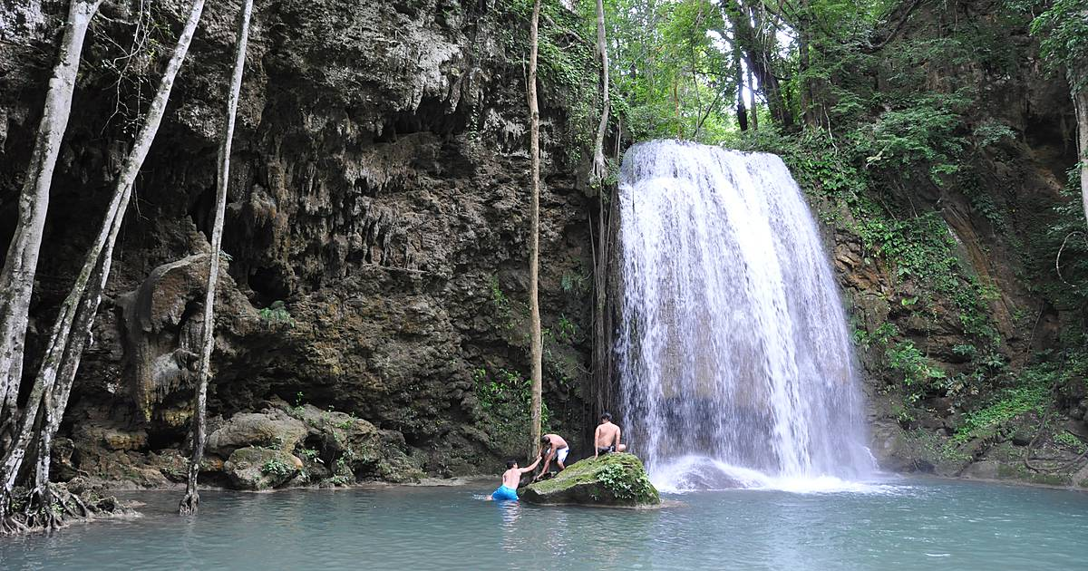 HikingTrail erawan waterfalls