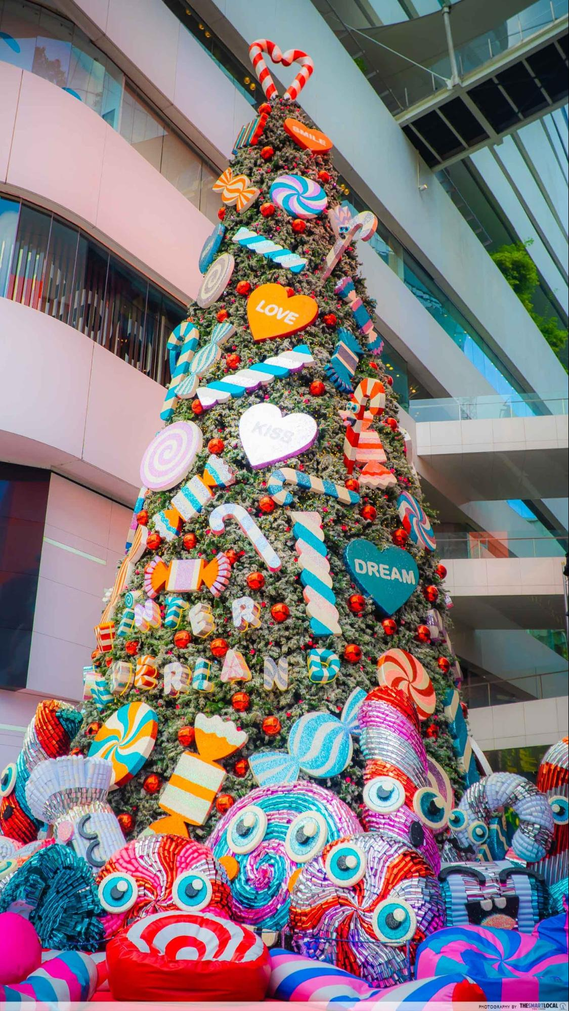 Emquartier Christmas Tree