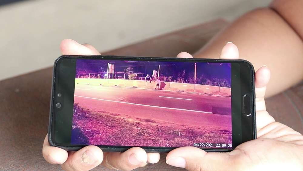 Thai Lady Spots 3 'Ghosts' Via CCTV, They Were Kids Crossing The Road At Night